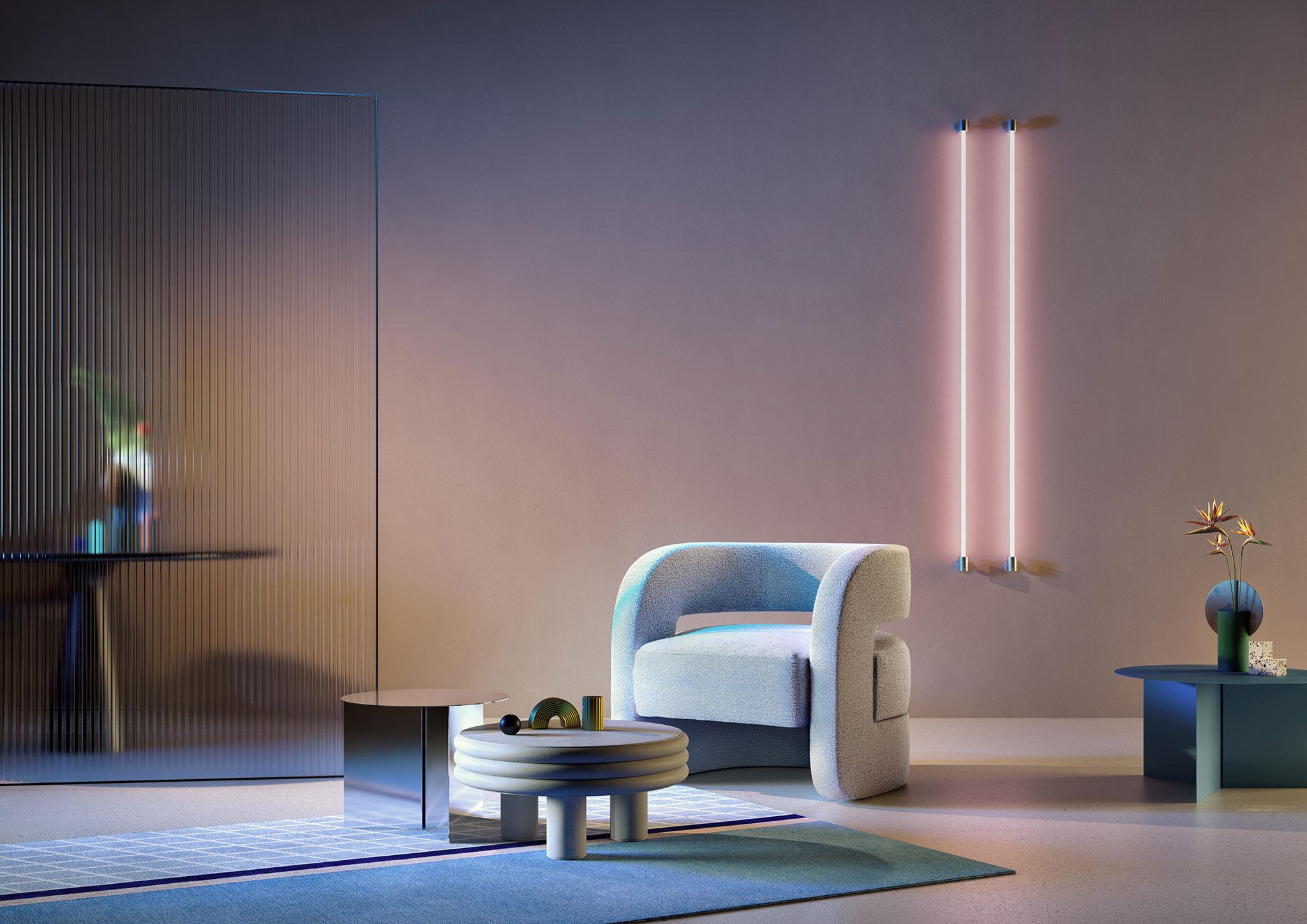 Le luci ciano e magenta calibrate e studiate ad hoc conferiscono alla scena un equilibrio perfetto tra caldo e freddo.